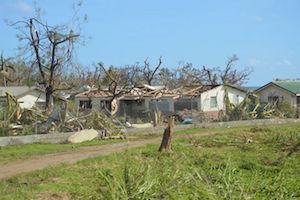 Verwüstete Häuser auf der Insel Tanna, 300 Km südlich von Vanuatu