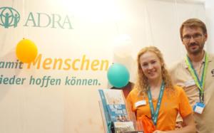 Mitarbeitende von ADRA Deutschland auf dem DEKT 2019 in Dortmund